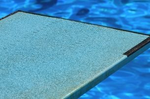 2 considerations to take before installing a diving board